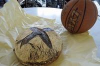 s-でかいパン2.jpg