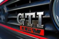 s-GTIエンブレム.jpg